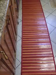 tappeti lunghi per cucina tappeti cucina bollengo