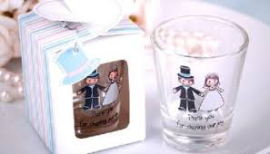 unique wedding favors for guests how to make unique wedding favors wedwebtalks