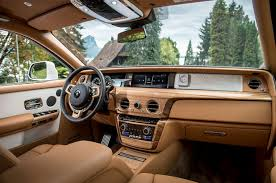 Rolls Royce Phantom Interior Features 2018 Rolls Royce Phantom First Drive Review Motor Trend