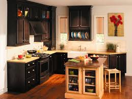 kitchen desaign maple kitchen cabinets with black countertops