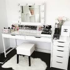 Vanity Desks Ikea U0027micke U0027 Desk As Vanity Table Houseofideas Moving To Nyc