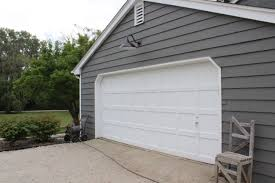 Barn Style Garage by White House No More 12 Oaks
