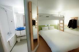 chambre hotel ibis budget chambre standard avec salle de bain photo de hotel ibis budget