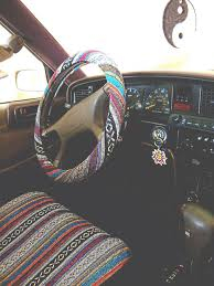 jeep steering wheel emblem cuteeeeee i wanna be a hippy lol there so happy and colorful