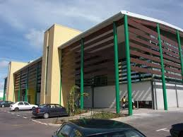 bureaux et commerces immeuble à usage multiples commerces bureaux dépôt industrie