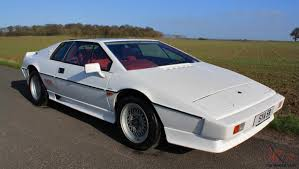 lotus esprit turbo 1985 monaco white with contrasting full red