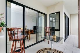 accent on mcleod two bedroom apartment holiday apartment cairns
