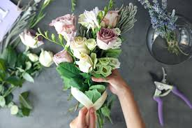 buy flowers online should i buy flowers online how an online florist can help you