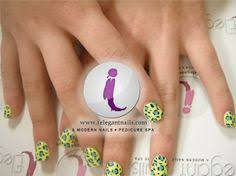 flower lines dots nail art in green bay nail salon