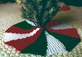 knit your tree skirt 9 free patterns grandmother s