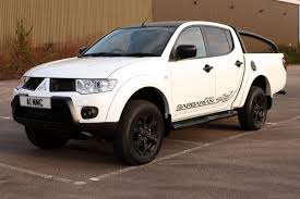 mitsubishi warrior l200 mitsubishi l200 pick up review auto express