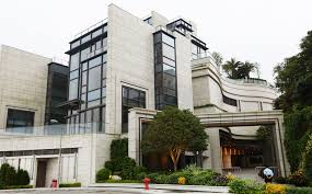 most expensive house for sale in the world buy the world u0027s most expensive home in hong kong for 105 67