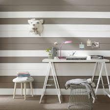 lambris mural chambre lambris 13 idées déco pour habiller vos murs lambris