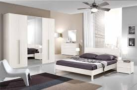 Pitture Camere Da Letto by Pitture Moderne Good Parete Modern White And Black With Pitture