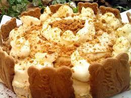cuisiner le mascarpone recette de piéce montée de mousse au speculos et glaçage au