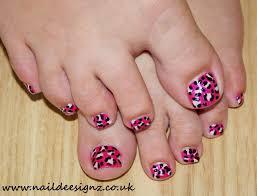 14 easy summer toe nail designs zebra strapes images zebra pedi