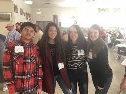 thanksgiving assistance pal students serve thanksgiving in prescott