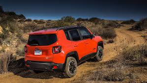 2015 jeep renegade autoblog crawling moab in the 2015 jeep renegade trailhawk showcar