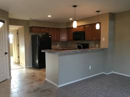 apartment unit 204 at 10011 e boston street wichita ks 67207