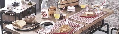 cuisine de famille comptoir de famille accessoires cuisine et bougie pour la maison