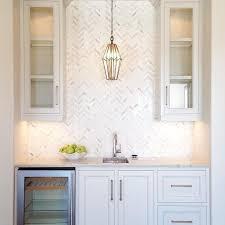 White Kitchen Pendant Lights by Best 25 White Kitchen Backsplash Ideas That You Will Like On