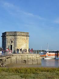 chambre d hote port des barques croisières fourasines port des barques île d aix activités et