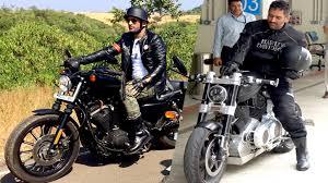 hellcat x132 dhoni dhoni s sexiest motorbike confederate x132 hellcat bike youtube