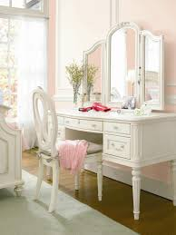 Dressing Table Designs With Full Length Mirror For Girls Gabriella Vanity Desk This Is Perfect Love The Extra
