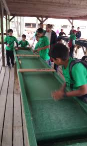 carpet ball table plans carpet ball all stars soccer ground rug kids rug boys play football