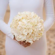 flowers for a wedding all white wedding bouquets brides