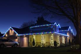 how to install christmas lights how to install christmas lights on a house light knights