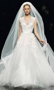 elie saab wedding dresses elie saab denisse 9 990 size 6 used wedding dresses