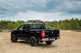 nissan d40 accessories uk new nissan navara trek 1 special edition for the uk starts at u20ac35 065