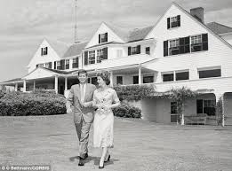 kennedy compound floor plan from the white house to their beachside mansion inside the places