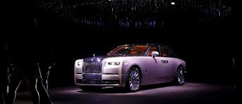 rolls royce wraith headliner rolls royce u0027s 350 000 new phantom the billionaire shop