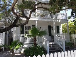 Red Barn Theatre Key West Fl Albury Court Hotel Key West In Florida Keys Hotel Rates