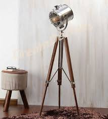 Vintage Retro Floor Lamp Classic Theatre Spot Light With Solid Wooden Tripod Floor Lamp