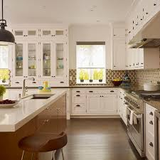 traditional kitchens kitchen design studio best 25 traditional kitchen trash cans ideas on