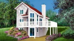 front sloping lot house plans hillside vacation house plan coolhouseplans
