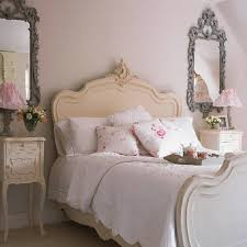 White Shabby Chic Bed by Shabby Sheek Or Shabby Chic Awesome Shabby Chic Bedroom White Pink