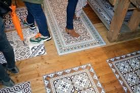 tapis de cuisine au metre tapis de cuisine au metre beija flor tapis vinyle tapis de cuisine 3