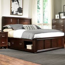Broyhill Bedroom Furniture Queen Captain U0027s Bed With Single Storage Side Rail By Broyhill