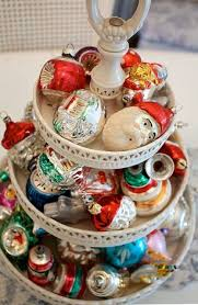 Vintage Christmas Decorations 34 Charming Vintage Christmas Décor Ideas Digsdigs