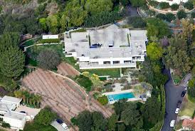 Jennifer Aniston Home Decor Celebrity Homes Kim Kardashian And Kanye West Renovate Mansion