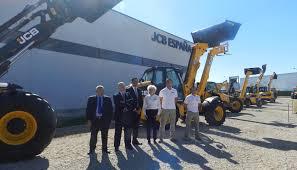 jcb españa presenta oficialmente sus nuevas instalaciones y hace