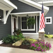 the siding is hardie board cement board by james hardie color