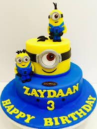 minion birthday cakes pin by sugaholic bakeshop on minion cakes minion cakes
