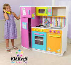 kidkraft deluxe big and bright kitchen kidkraft 53100 at