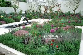 chelsea flower show 2003 the walled garden design judith wise