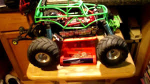 monster truck grave digger video traxxas grave digger remote control 1 10th scale rc monster race